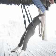 yoga aereo Yogaia Brasil Lili Lakshmi (4