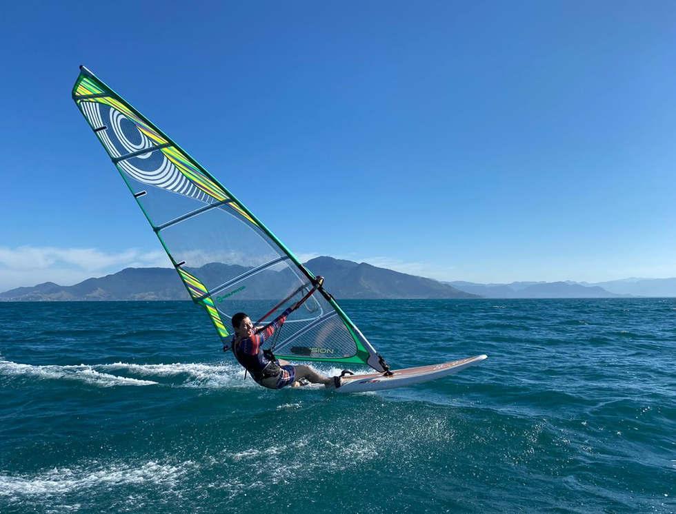 Windsurf Bl3 Escola de Vela de Ilhabela