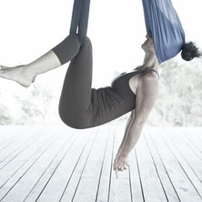 yoga aereo Yogaia Brasil Lili Lakshmi (5