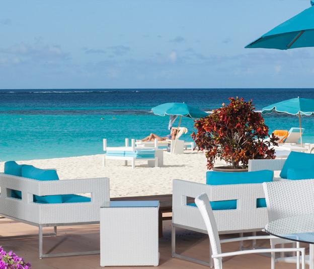 Stunning beachfront location. Wonderful service. Beautiful boutique hotel.