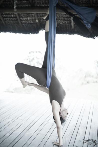 yoga aereo Yogaia Brasil Lili Lakshmi (8