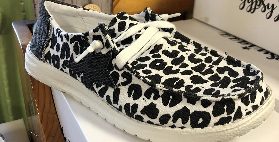 Black and White Cheetah