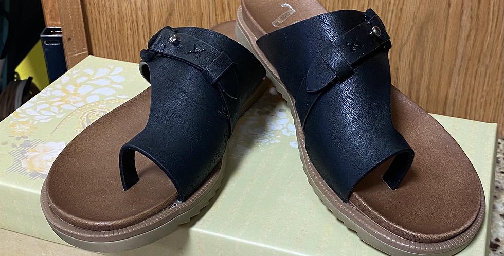 Black Carina Sandals
