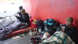 Lanches aos moradores de rua
