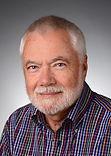 Gerhard Schmutz ist Berater für Trommelreisen und leitet Trommelgruppen
