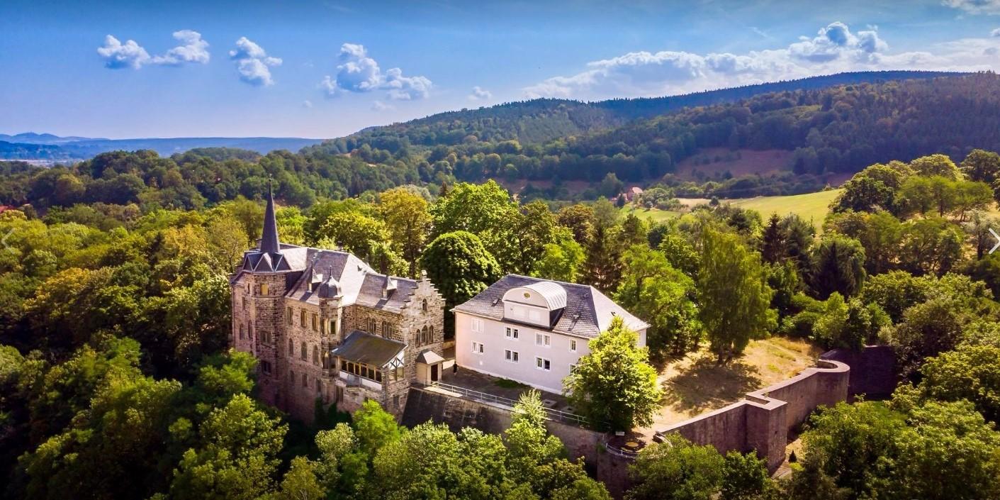 Schloss und Forsthaus