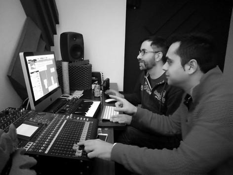César & Spinky (Estudio de producción)