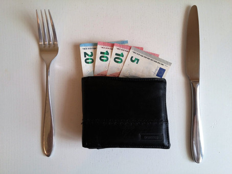 How to Reduce Legal Issues with Tipping Practices