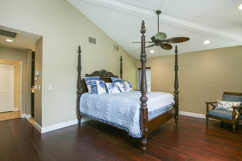 15 Master Bedroom b