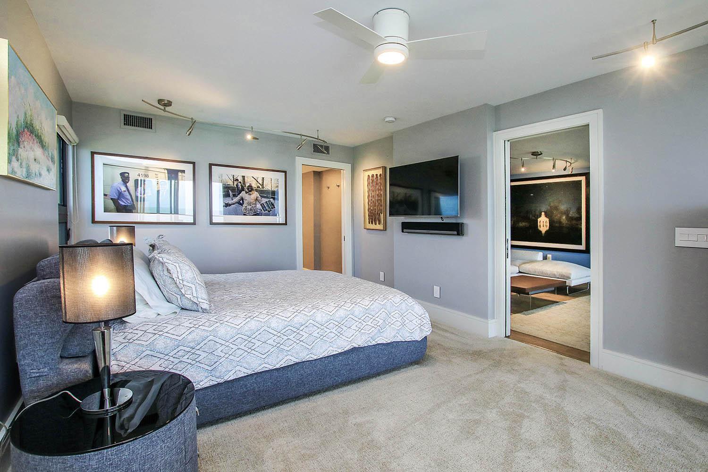 10 Master Bedroom b