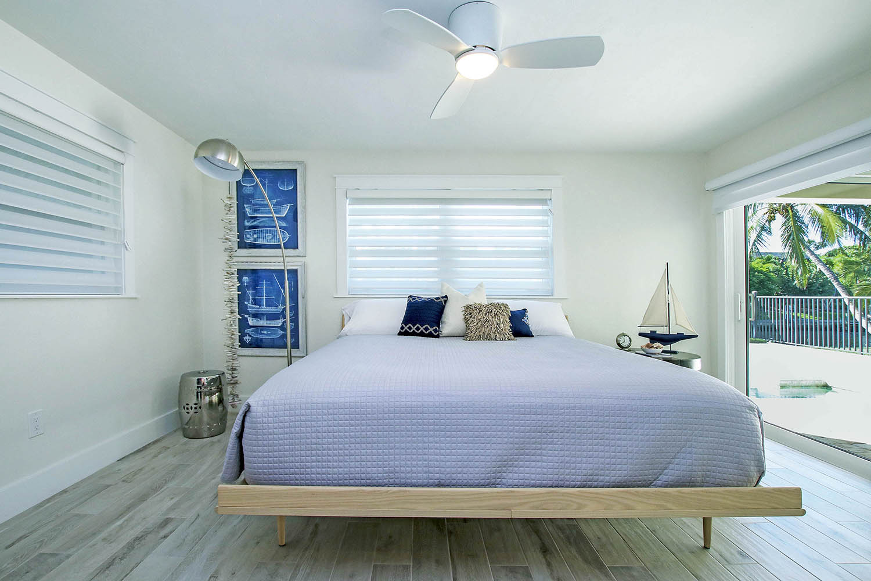 16 Master Bedroom2  3 b