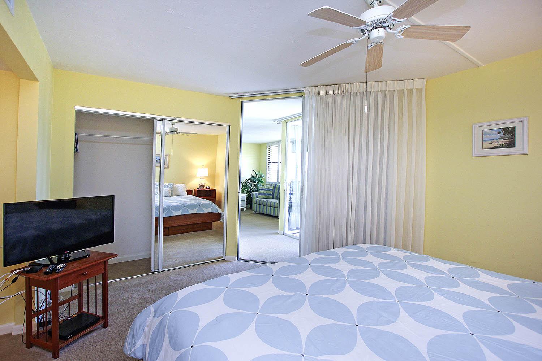 15 Master Bedroom c