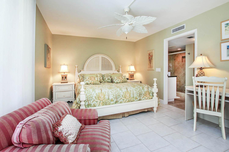 10 Master Bedroom a