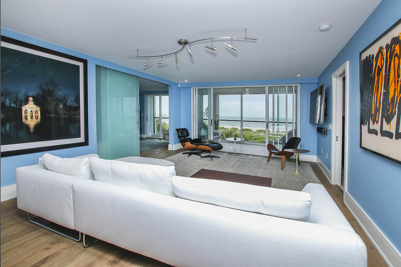 5 Living Room b