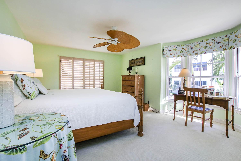 10 Bedroom 3 a