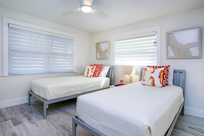 18 Guest Bedroom 2 a