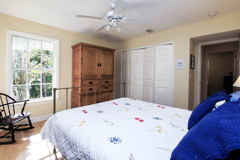 15 Bedroom 3 b