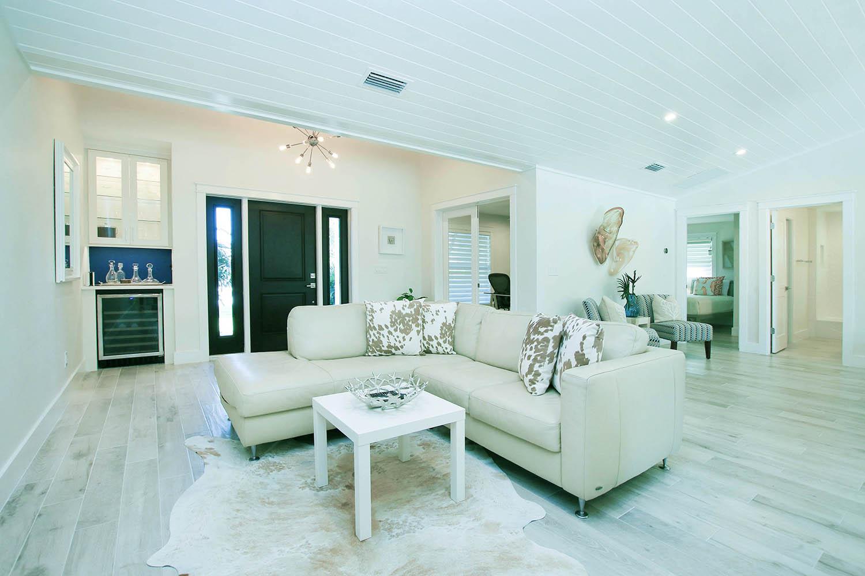 4 Living Room d