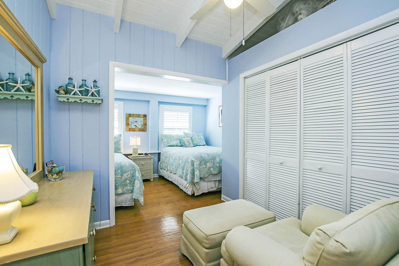 12 Bedroom 3 a