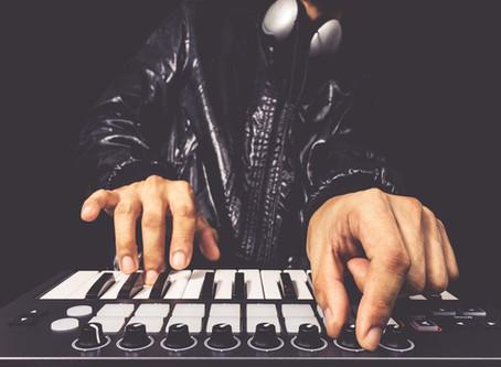 DJ tenha um site perfeito para atrair muitos clientes