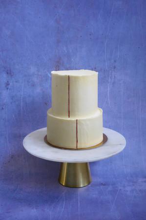 Absolut minimalistische Hochzeitstorte