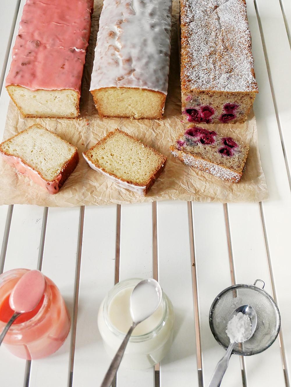 vegane Kuchen: Zitronenkuchen mit Erdbeerglasur, Orangenkuchen mit Orangenglasur und Stracciatella-Kirschkuchen