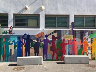Une fresque contre le harcèlement dans un collège