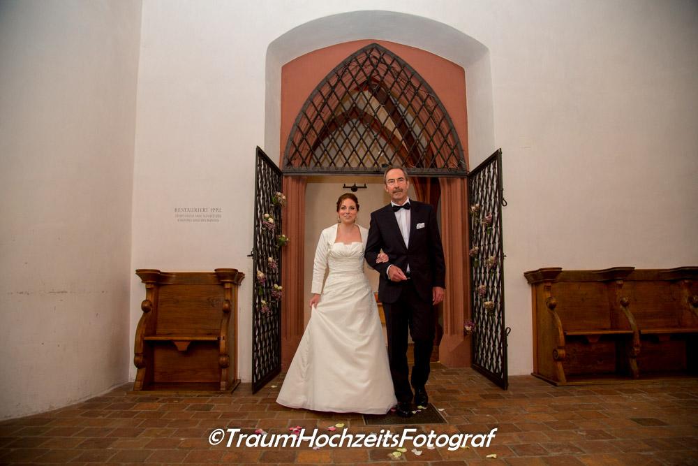 Vater und Braut