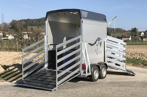 Pferd-viehanhänger_3.jpg