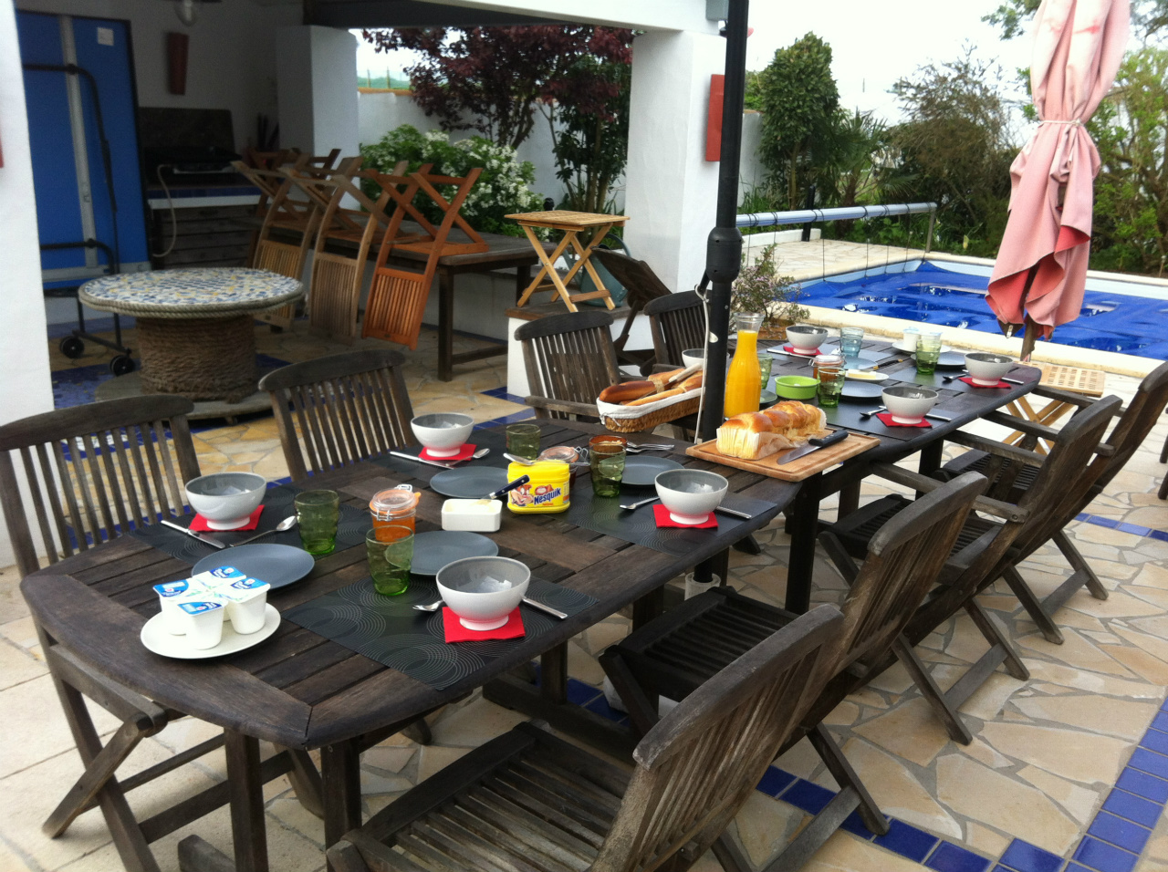 Petit-déjeuner en plein air