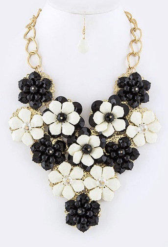 Noir Blanco LeFlore Necklace Set