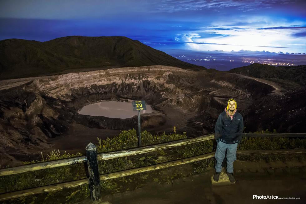 Una noche en el Volcán Póas