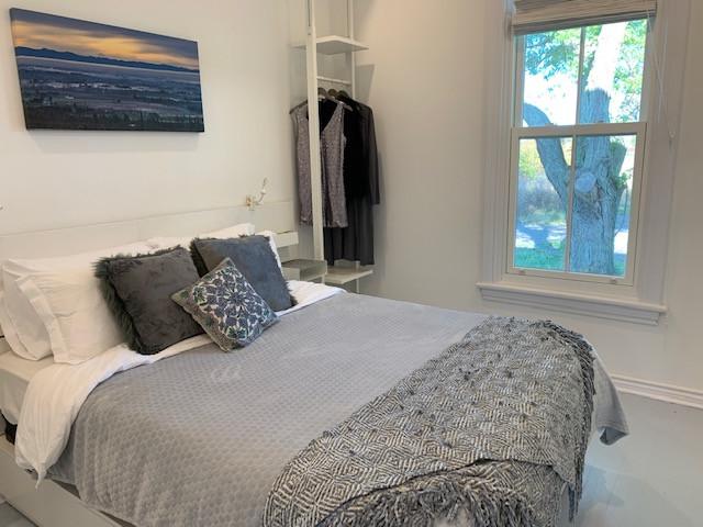 1st fl bedroom-summer1.JPG