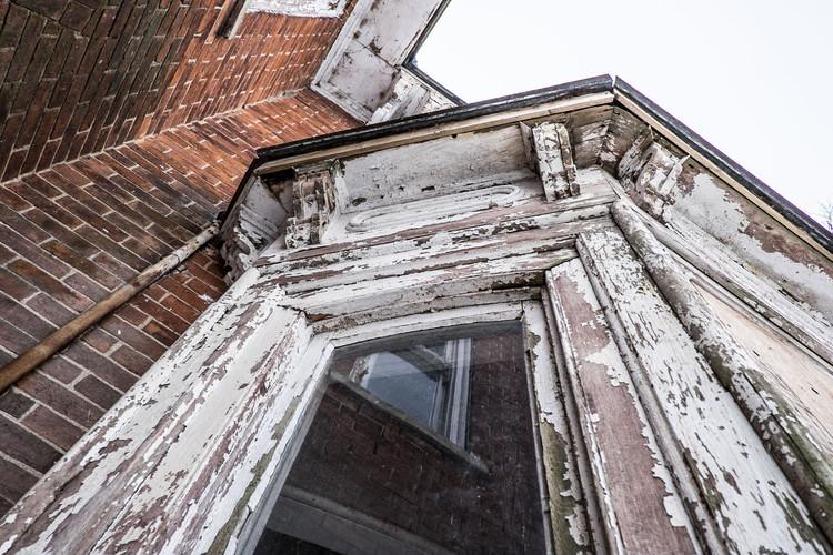 17856 Loyalist Pkwy bay window-9869.jpg
