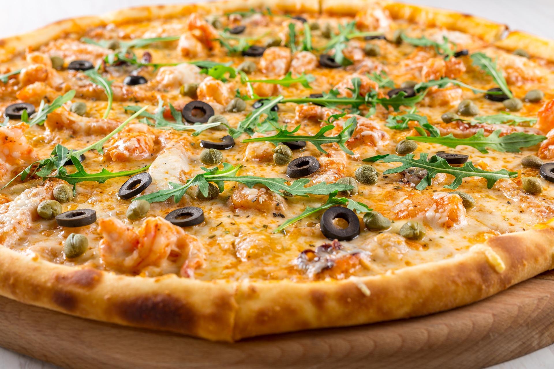 pizza-2000595_1920