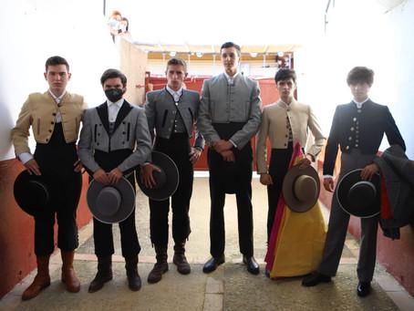 Entretenida novillada en clase práctica en Sanlúcar
