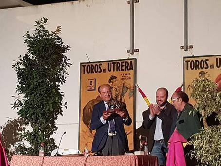 """Magnífica conferencia taurina por parte de Joaquín Moeckel en Utrera """"Los toros y la ley"""""""