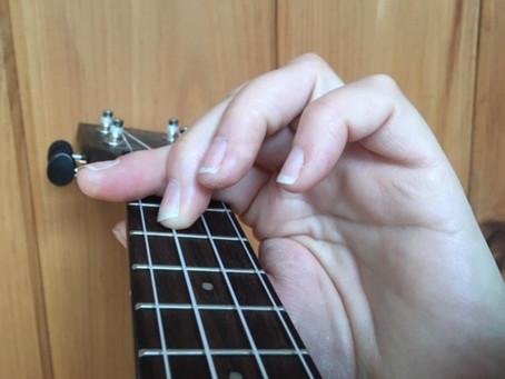 How to make a ukulele bar chord