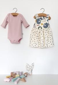 Babykleidchen