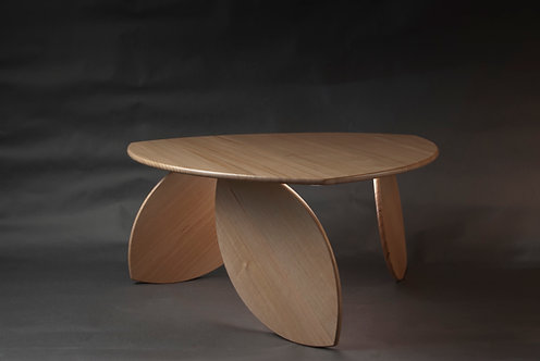 Leaning Leaf Table