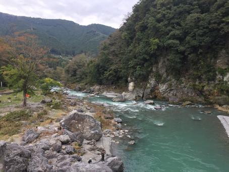 טיול בטבע מחוץ לטוקיו