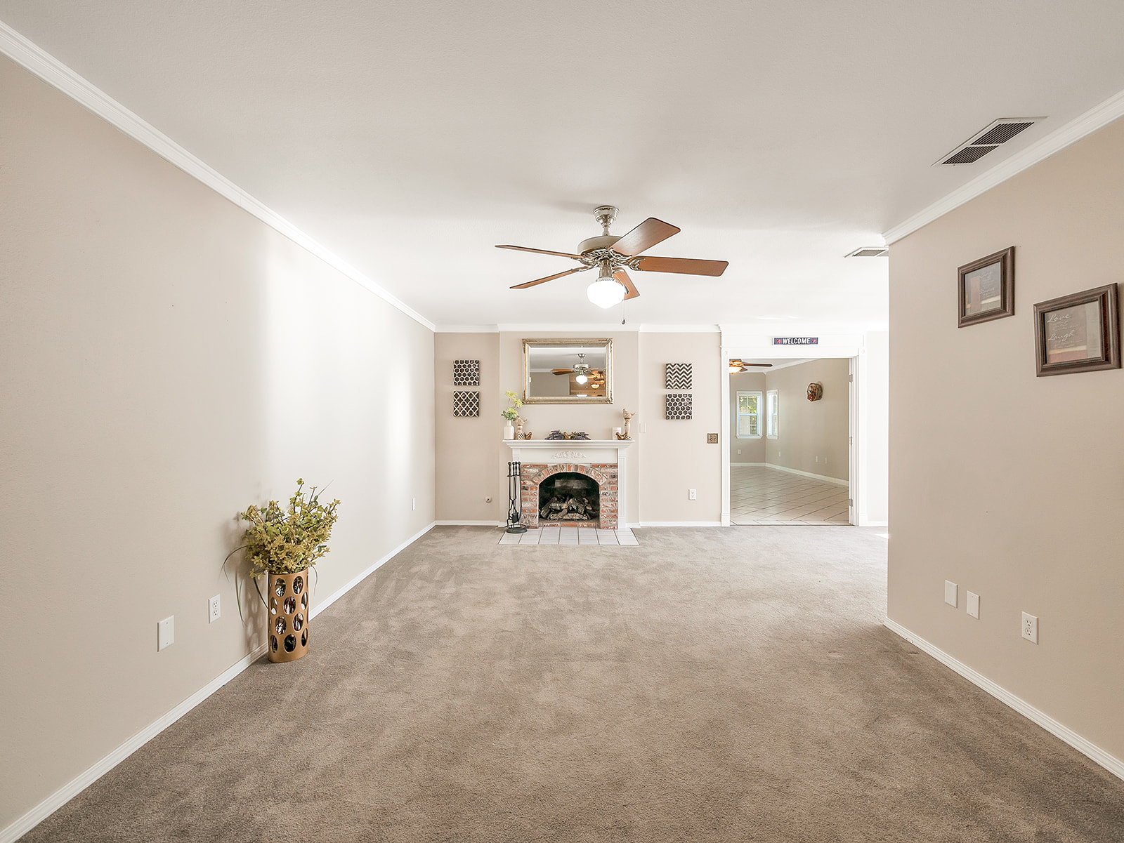 3903 Bayberry Dr 10