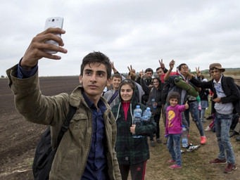 Lives of Syrian refugees - focusing on teenagers or teens who have been separated from families