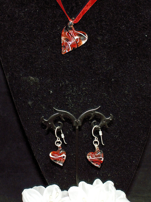 Red Leaning Heart Set