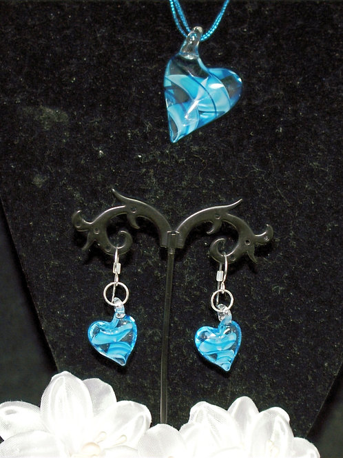 Turquoise Leaning Heart Set