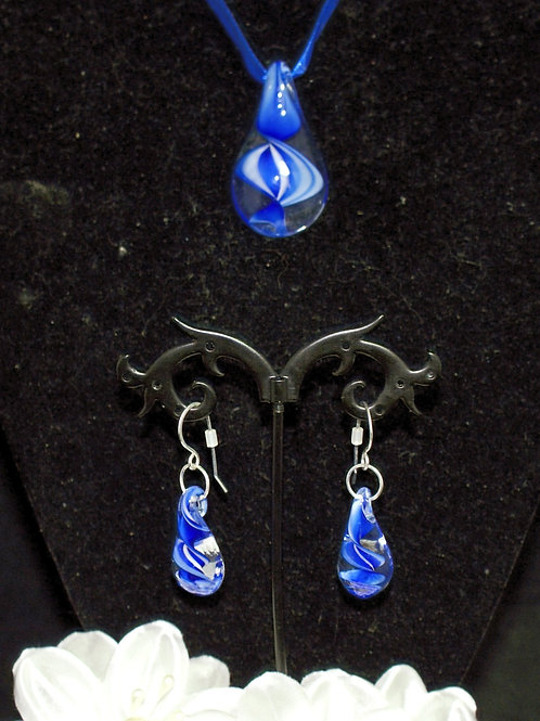 Clear Drop with Inner Blue & White Twist
