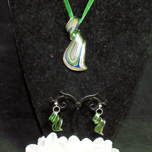 Green Flat Twisted Set