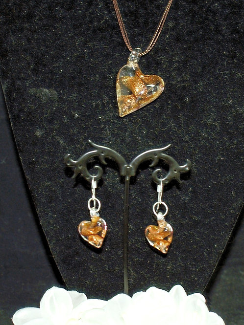 Gold Leaning Heart Set
