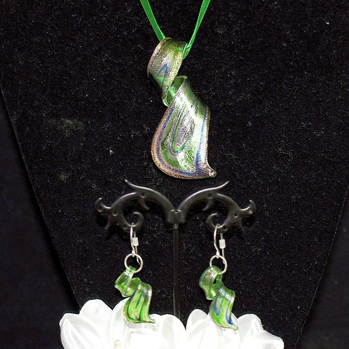 Green Flat Twisted Set