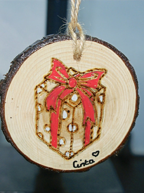 Present - Pyrography Tree Decoration
